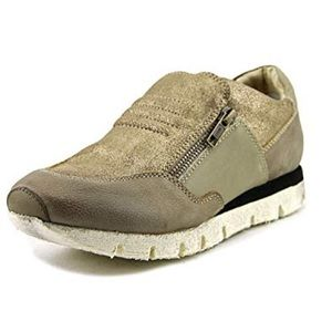 OTBT Sewell Fashion Comfort Sneaker in Elmwood